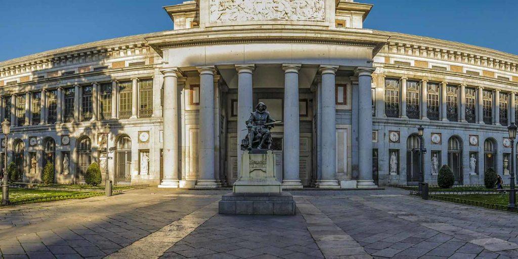 Imagen del exterior del Museo del Prado. Entrada Puerta de Velázquez. Madrid. Cicerone Plus