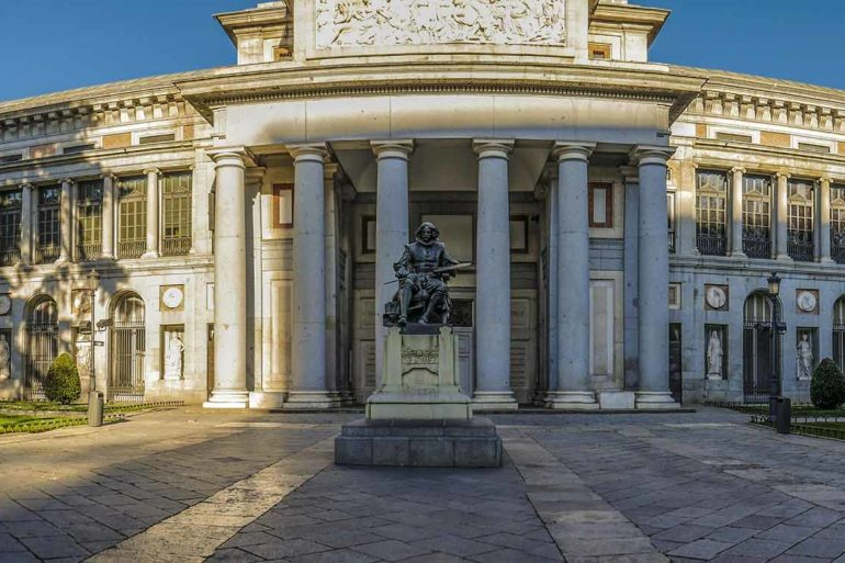 Museo del Prado. Puerta de Velázquez.