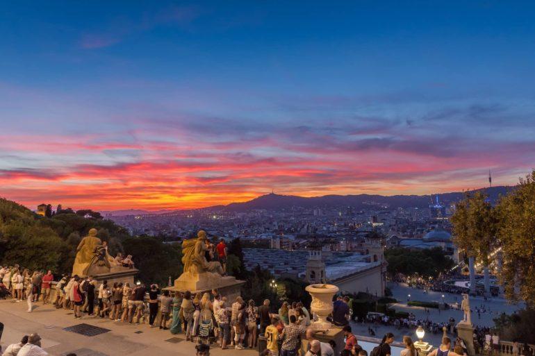 Imagen Mirador en la Montaña de Montjuic de Barcelona. Cicerone Plua