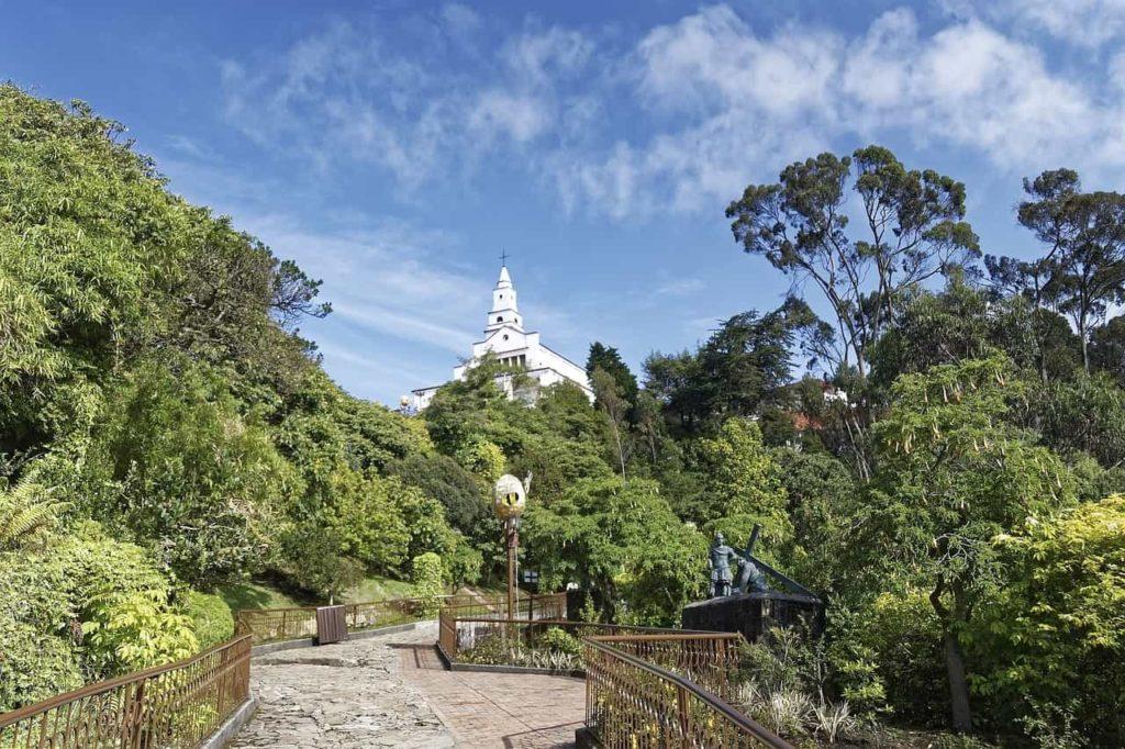 Imagen Cerro de Monserrate de Bogotá en Colombia. Cicerone Plus