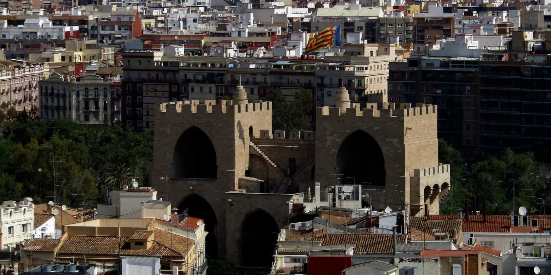 Imagen Panorámica de la ciudad de Valencia en España. Cicerone Plus